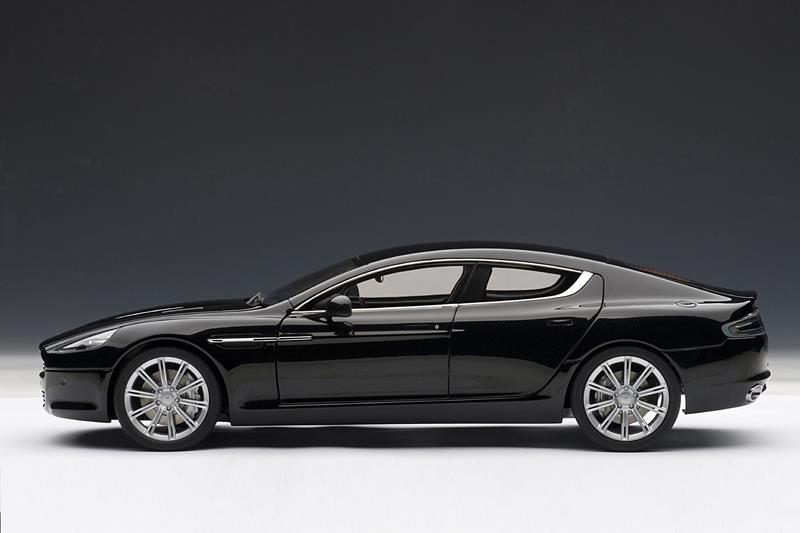 Luxury car rentals mimai
